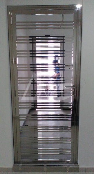Stainless Steel Door 012