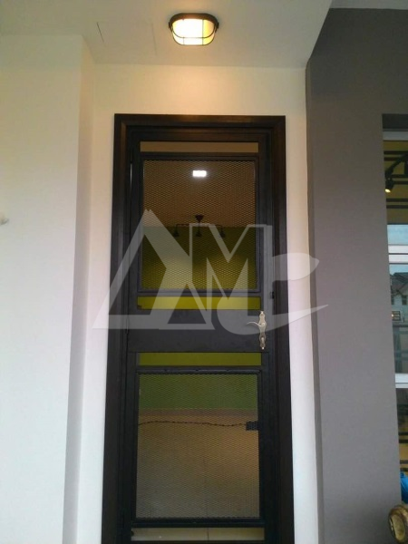 Powder Coated Metal Door 002