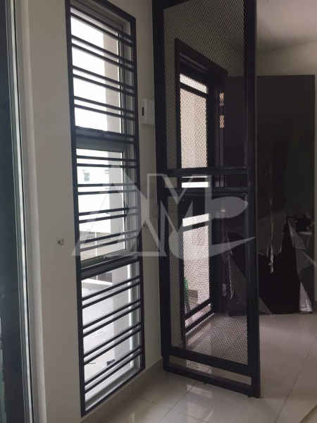 Powder Coated Metal Window 001
