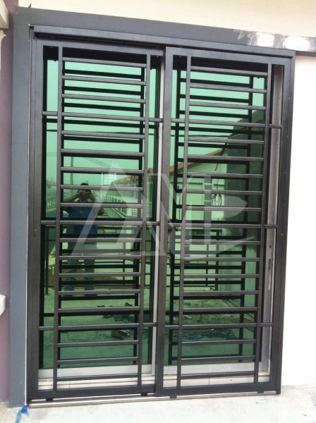 Powder Coated Metal Door 003