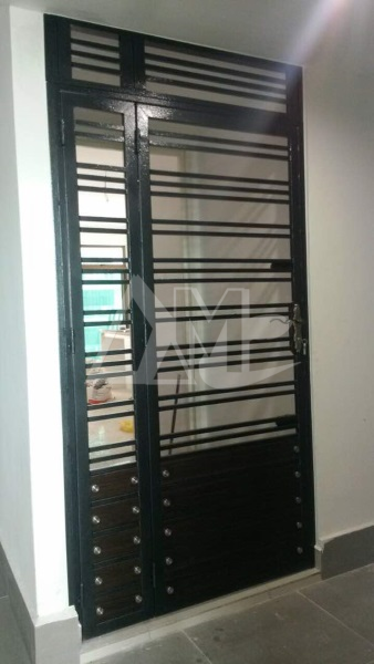 Powder Coated Metal Door 009