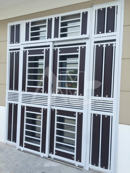 Powder Coated Metal Door 013