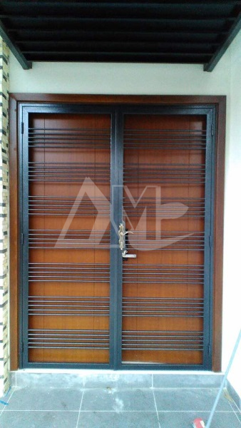 Powder Coated Metal Door 023