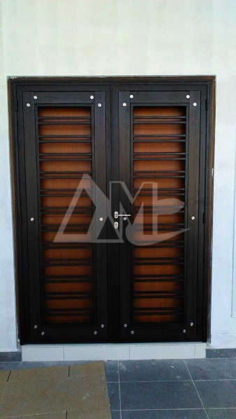 Powder Coated Metal Door 027