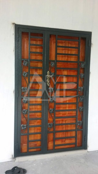 Powder Coated Metal Door 030