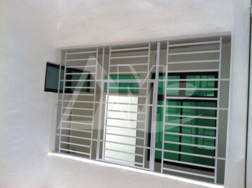 Powder Coated Metal Window 002