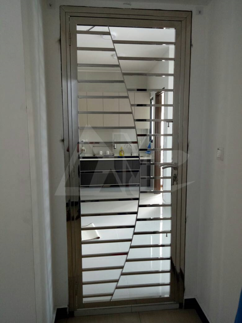 Stainless Steel Door 031