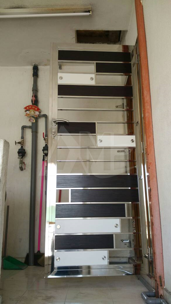Stainless Steel Door 032