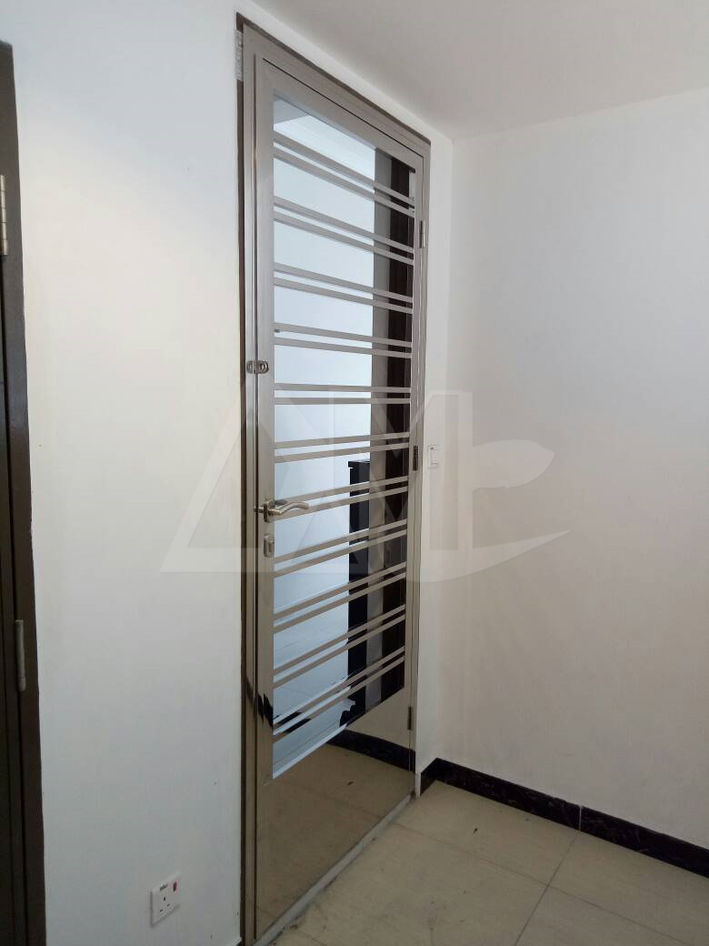 Stainless Steel Door 036