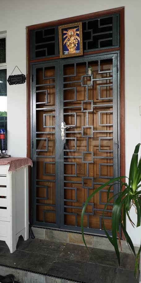Powder Coated Metal Door 049