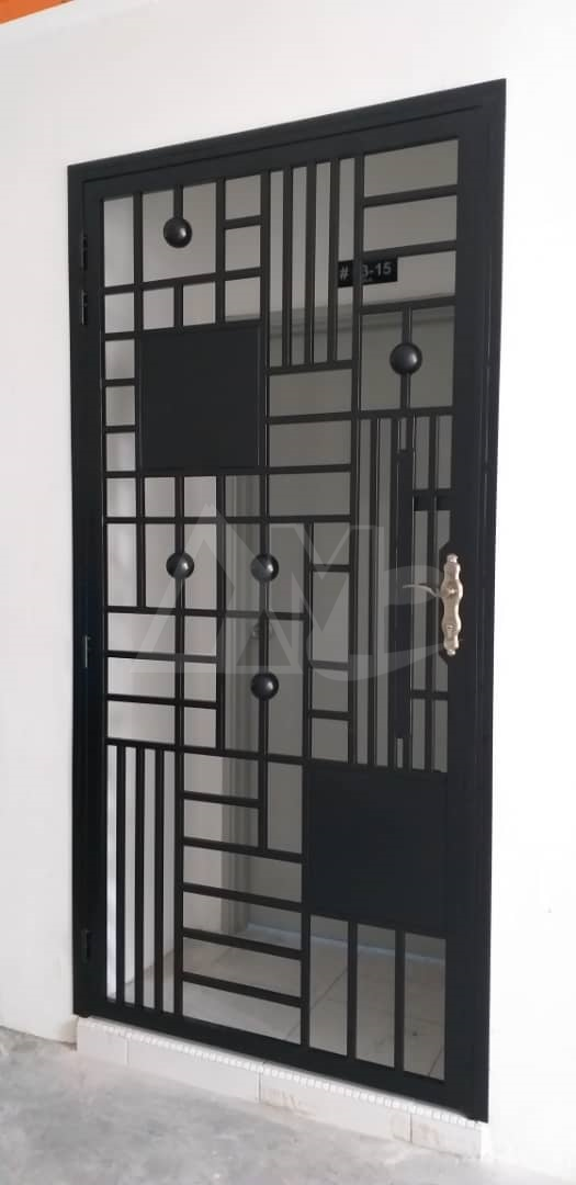 Powder Coated Metal Door 050