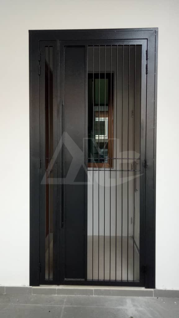 Powder Coated Metal Door 051